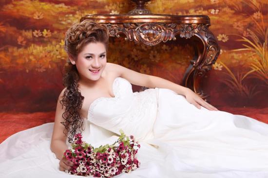 1 Lộ ảnh cưới của Lâm Chí Khanh