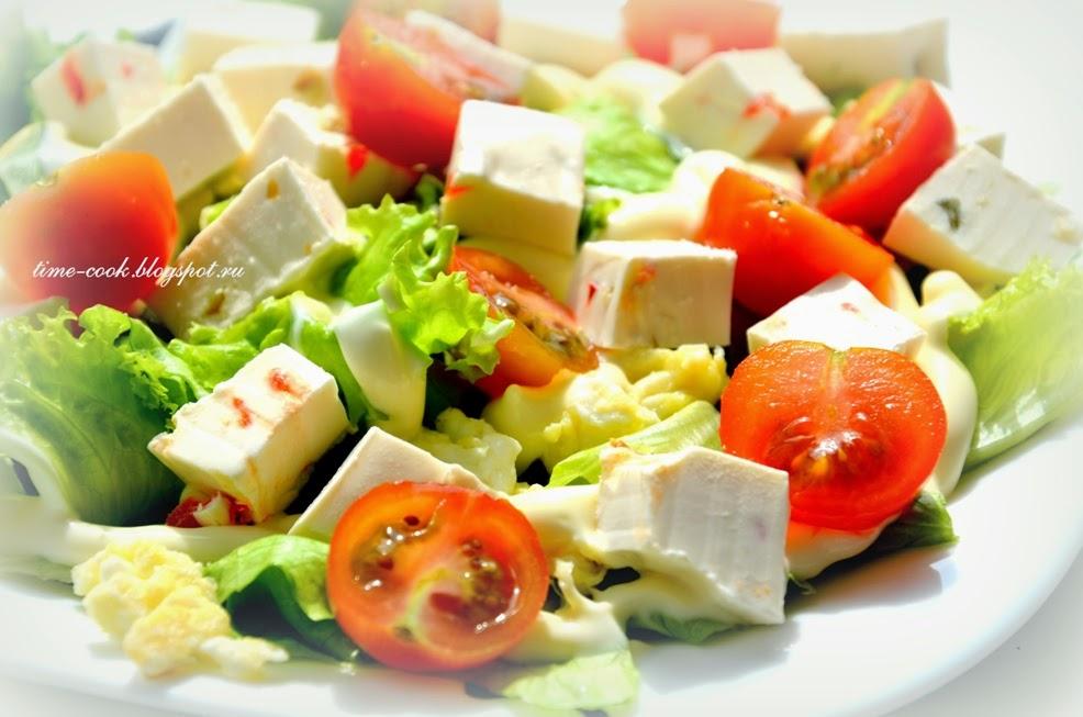 Салат с фетаксой и помидорами пошагово с