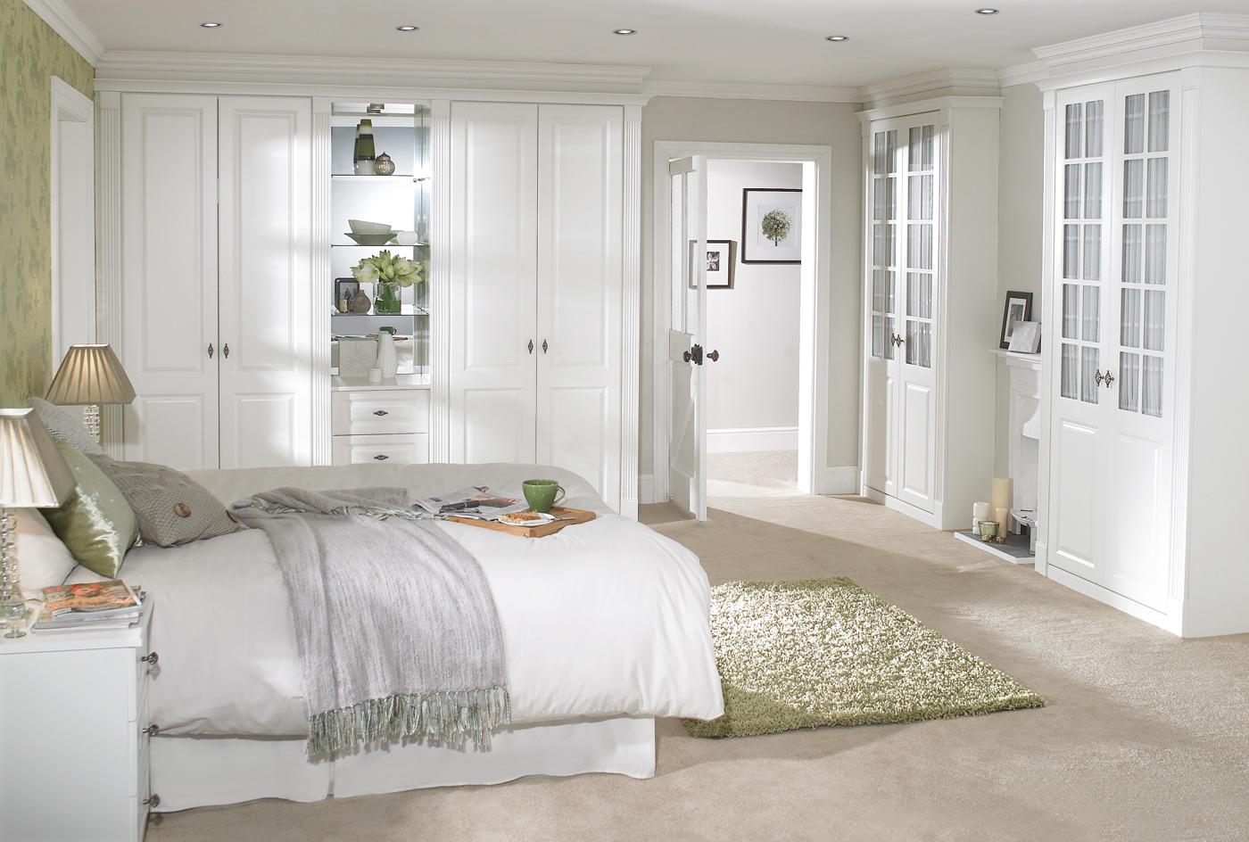 Standard closet size bedroom
