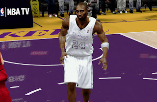 NBA 2K13 L.A. Lakers Christmas Uniform Patch