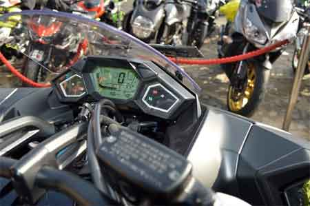 speedometer Honda NM4 Vultus