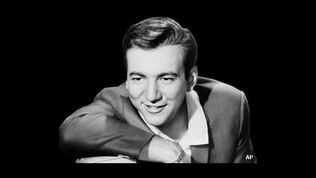 http://milanoradiofutura.blogspot.it/2015/03/bobby-darin-12-swinging-songs.html