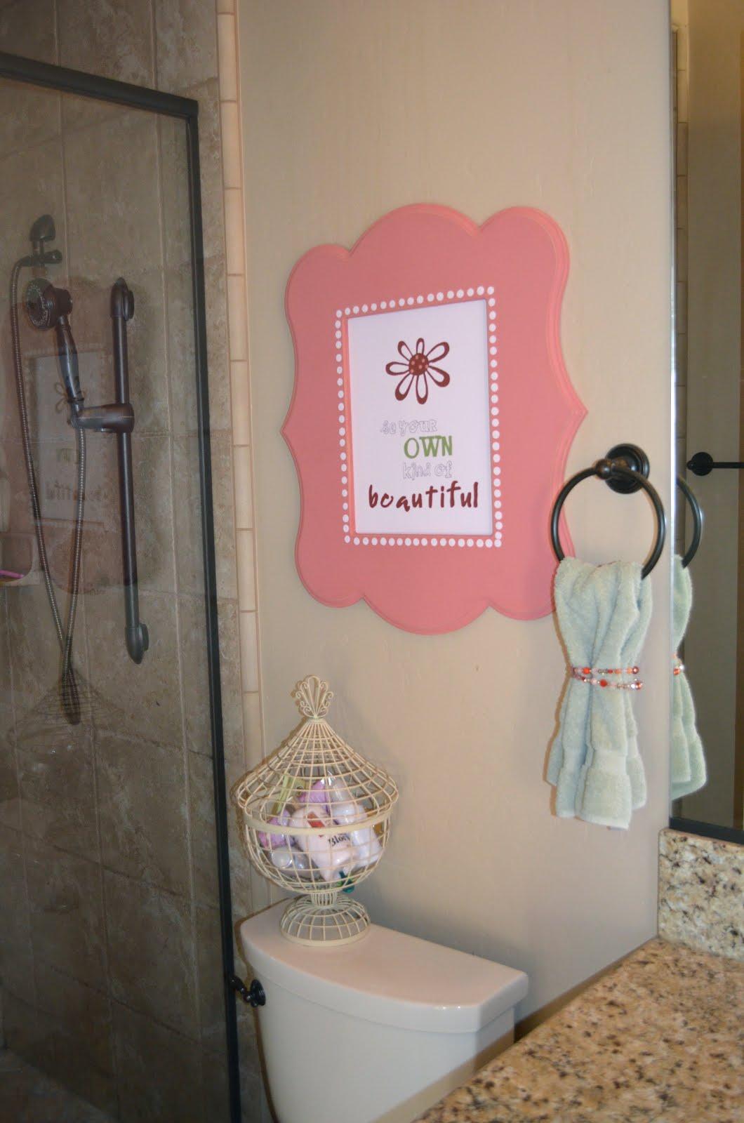 Bathroom Decor Frames : Poppy seed projects darling bathroom decor using shaped