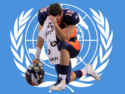 tim-tebow-tebowing-on-the-untied-nations-flag