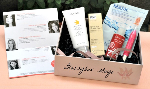 caja de productos cosmeticos de mayo