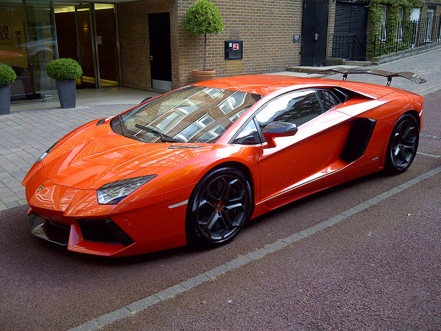 luxury cars: Lamborghini Aventador LP.760-4 Orange