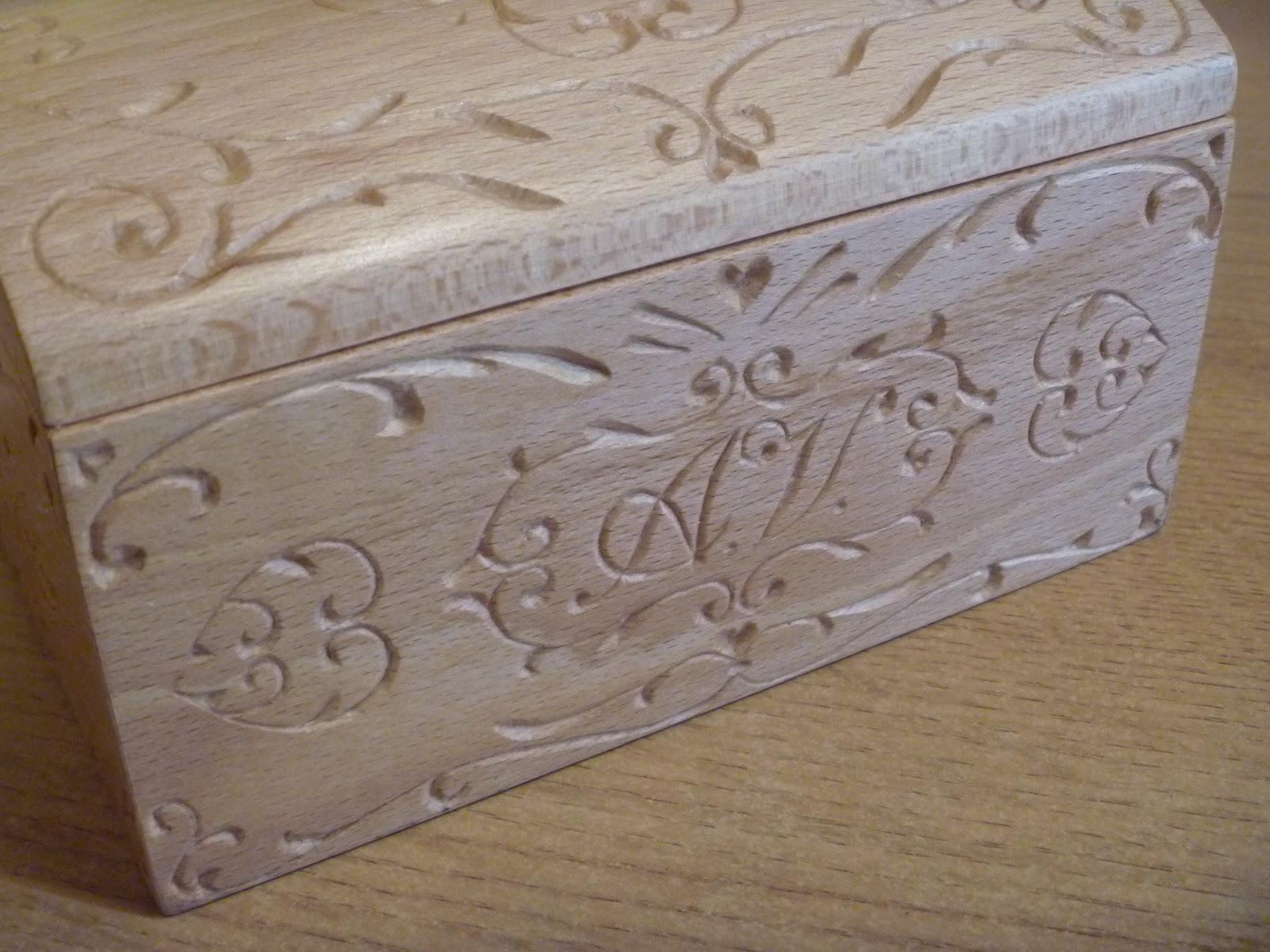 abbastanza Nel Legno - wood carving and more: Portagioie in faggio GI75