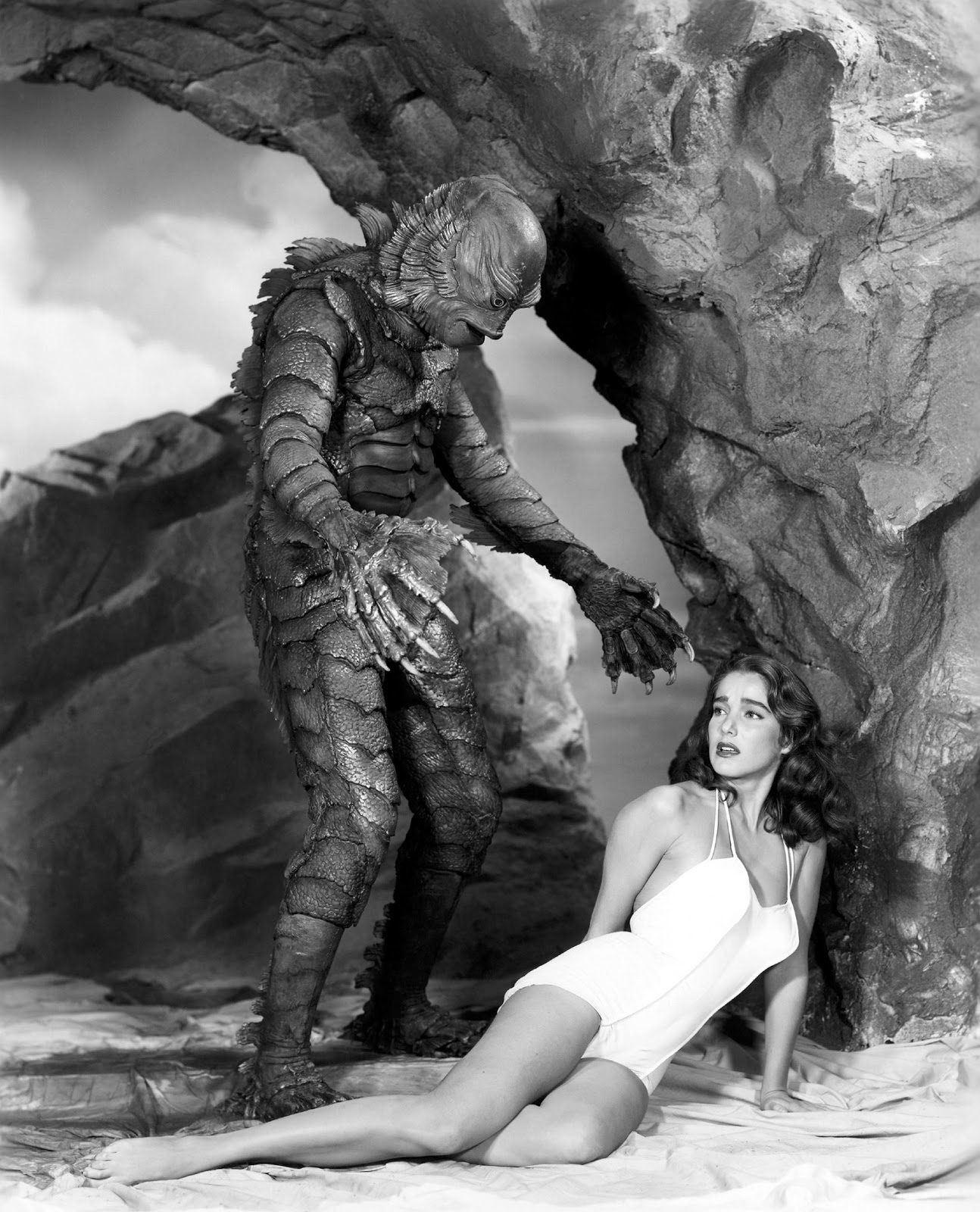 history of science fiction cinema: 1954: the year of the big bugs