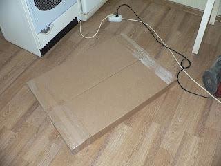 одна из коробок с разобранным мебельным гарнитуром