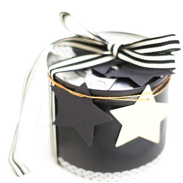 Selbstgemachte Geschenkverpackung aus Konservendose