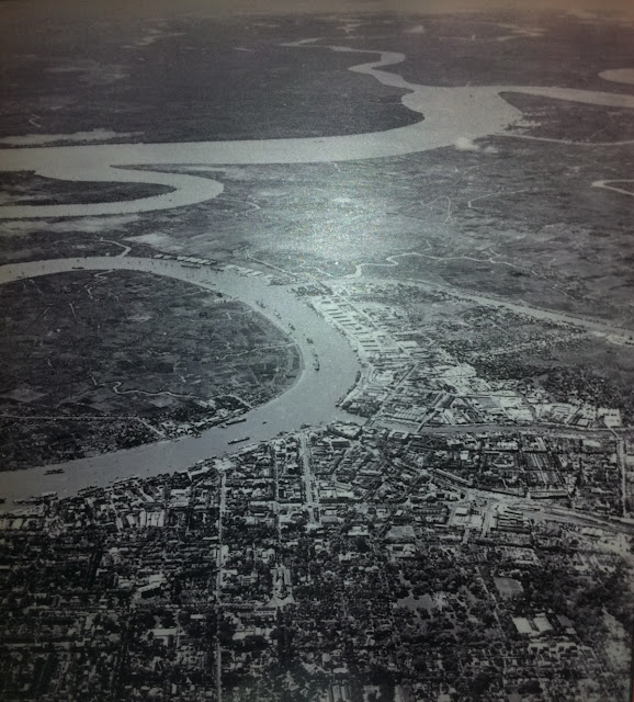 Panaroma+of+Saigon+Center+and+Saigon+River+1955+(Aerial)