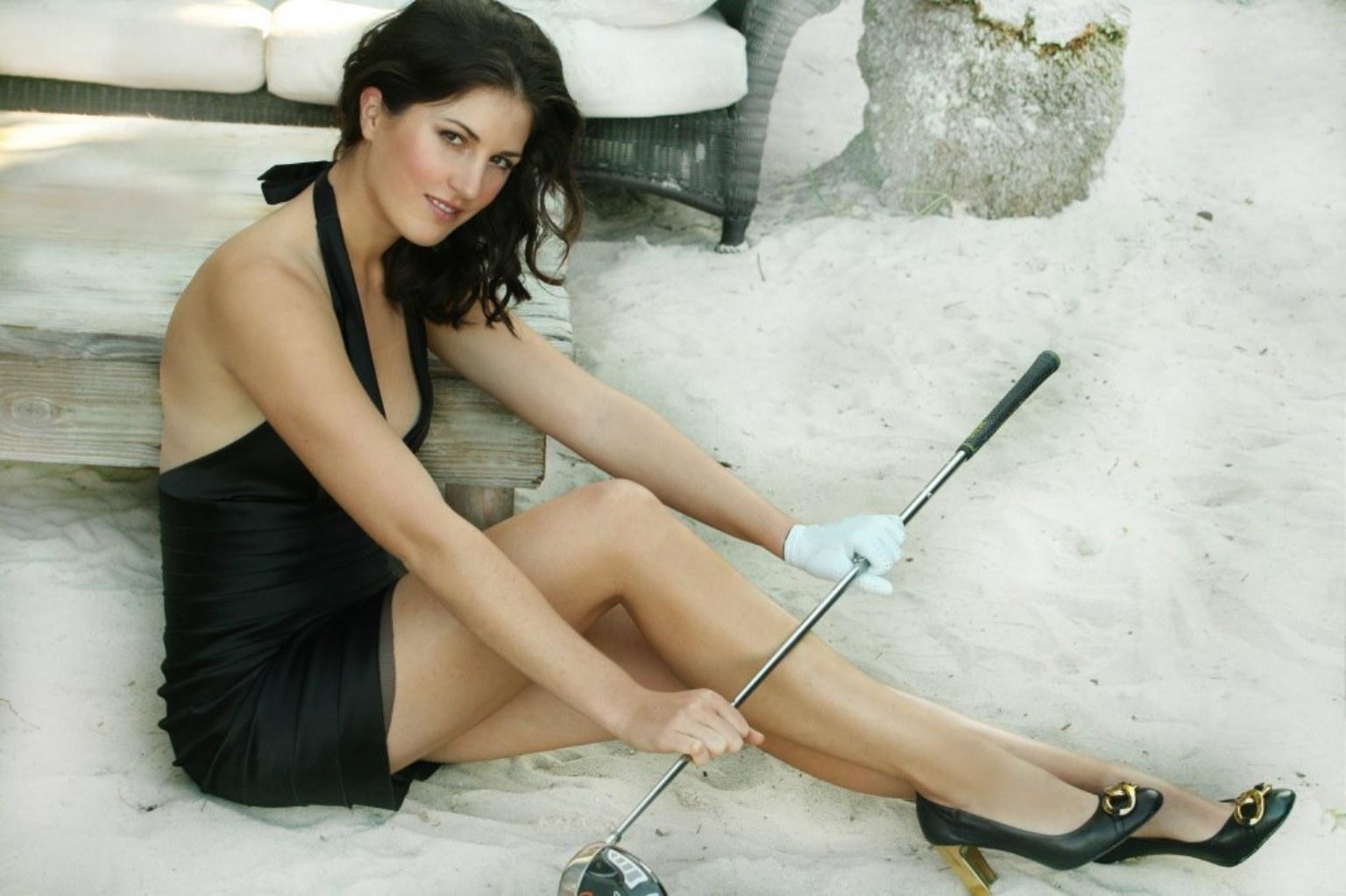 http://4.bp.blogspot.com/-OOk46Cct6WI/T5ALryUMmkI/AAAAAAAAG9A/bahkLspDXIU/s1600/Sandra+Gal+a+2012_2.jpg