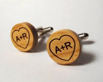 boutons manchette bois gravé personnalisé mariage etsy