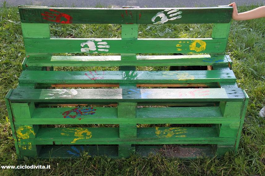 Ciclo di vita maggio 2012 for Panchine con bancali