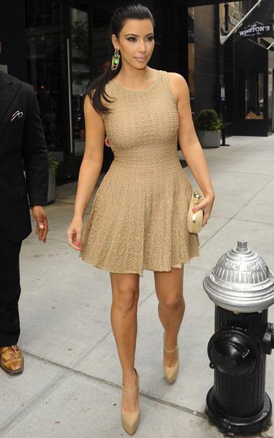 Kim kardashian outfits 2011 muse kim kardashian