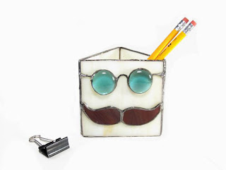 Pencil Holder with Glasses