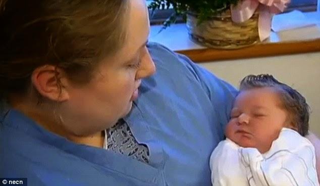 Wanita Ini Baru Tahu Ia Hamil 1 Jam Sebelum Melahirkan