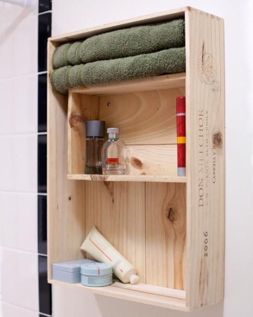 organização do banheiro com caixotes