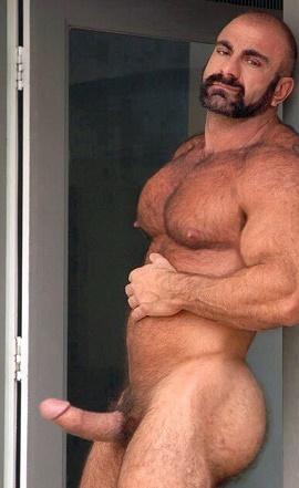 nude muscle bear