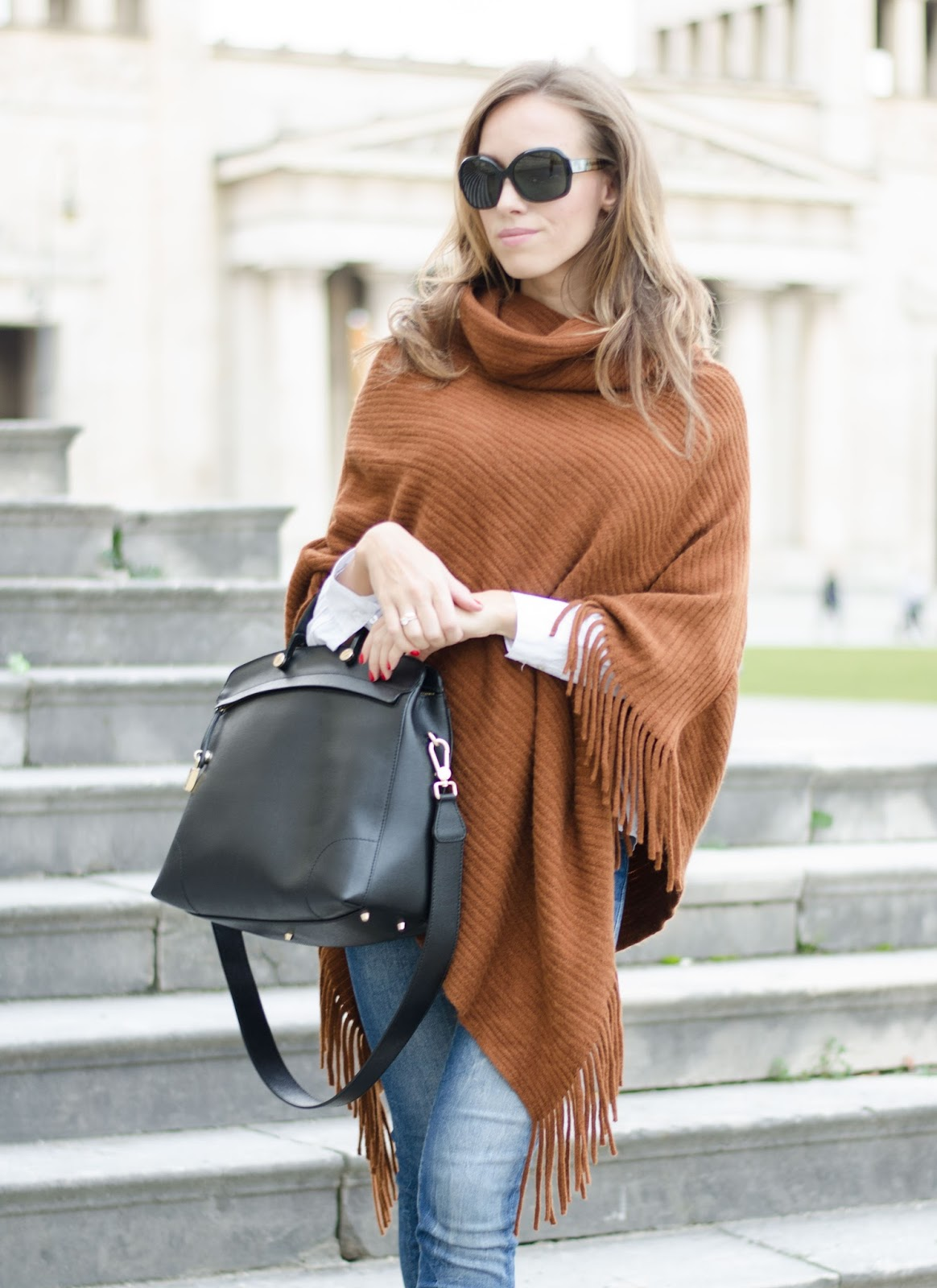 kristjaana mere lindex brown cape poncho casual fall outfit idea