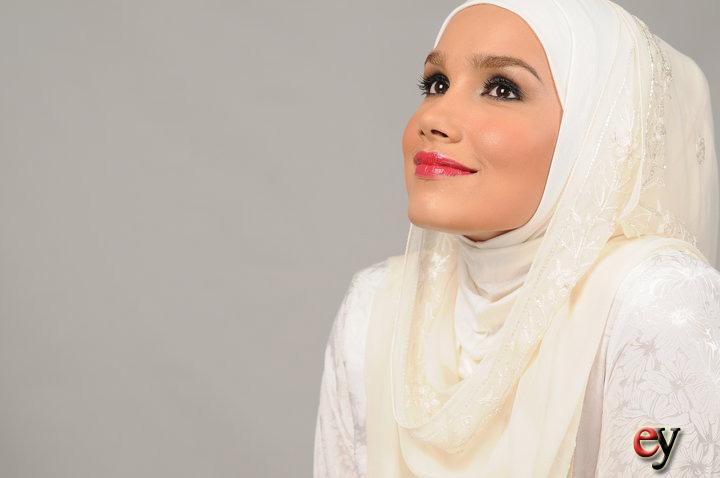 wallpaper muslimah kartun. wallpaper muslimah berpurdah.