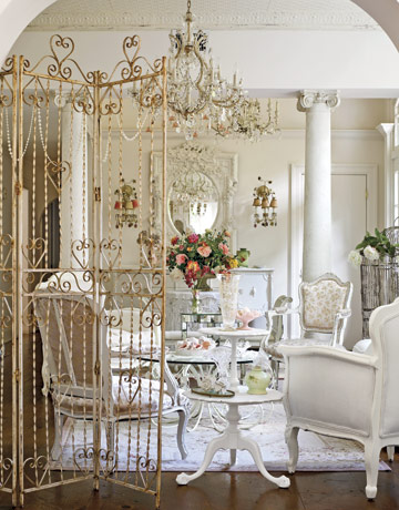 The French Flea White On White Decorating