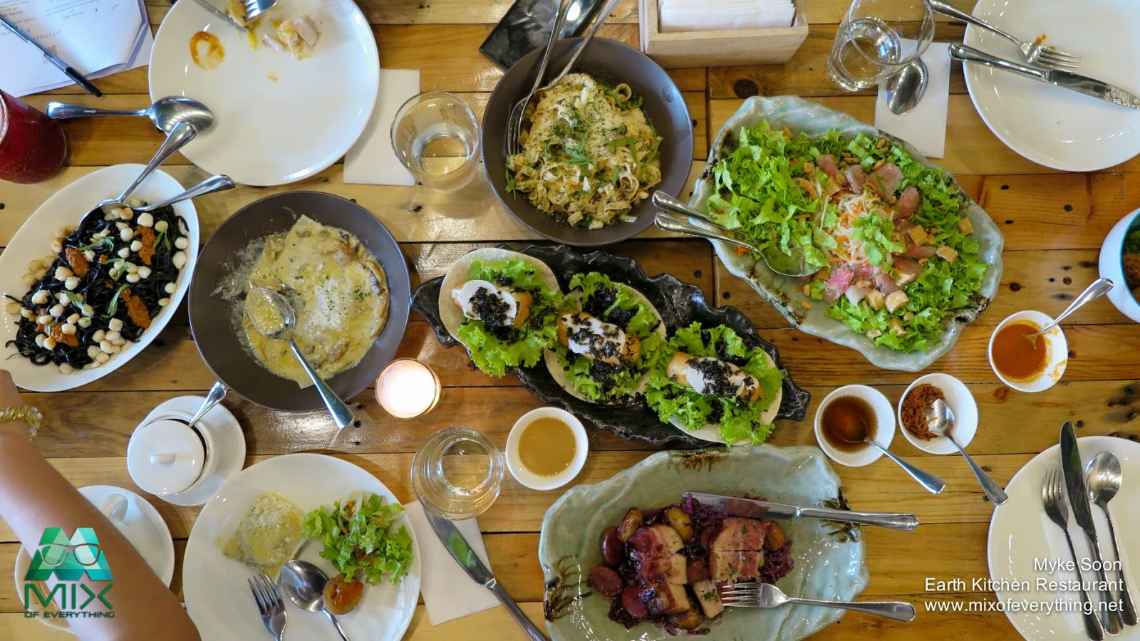 Earth Kitchen Restaurant Farm to Table Treat Hello
