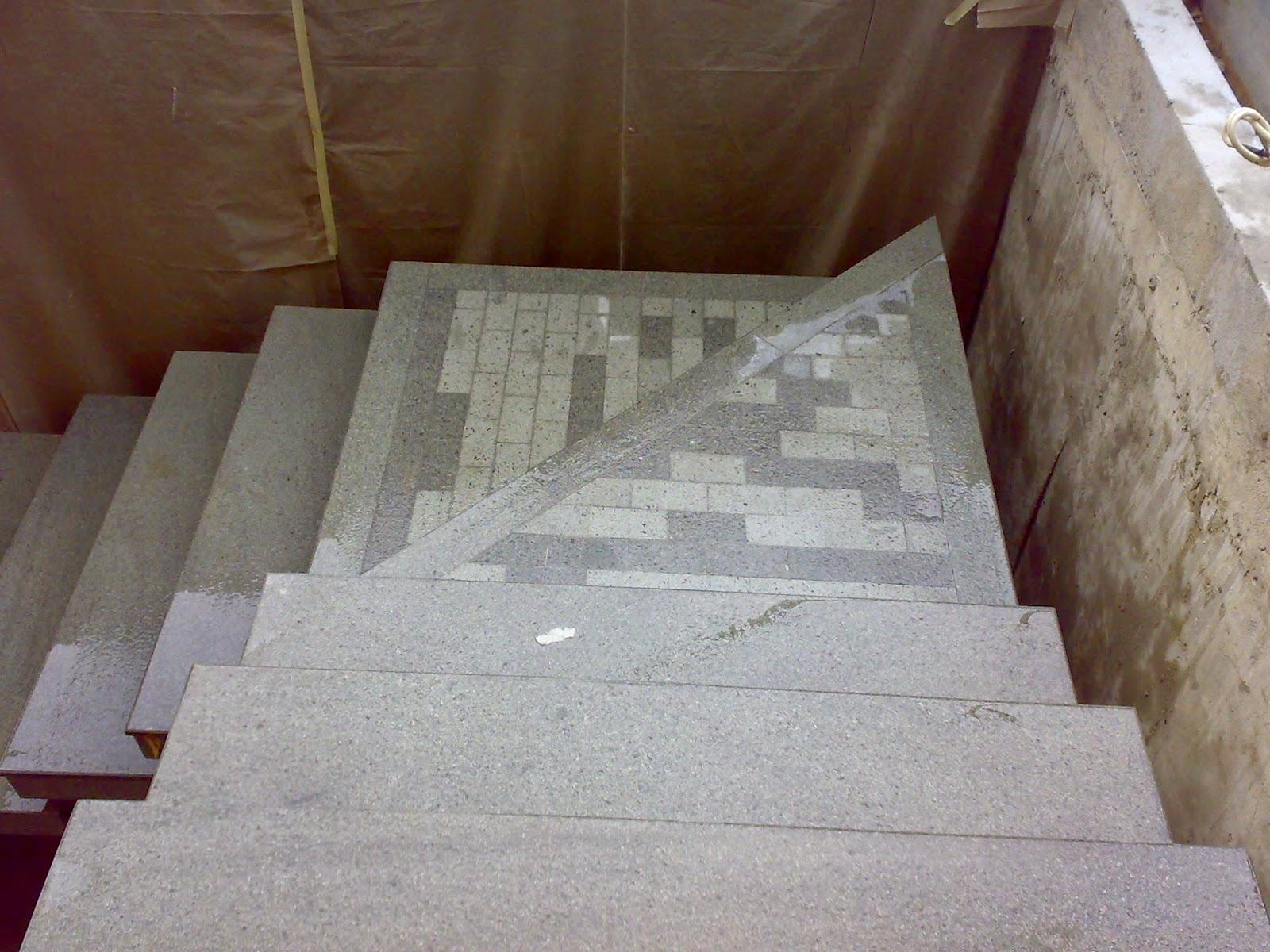 Batu andesit bakar untuk tangga teras