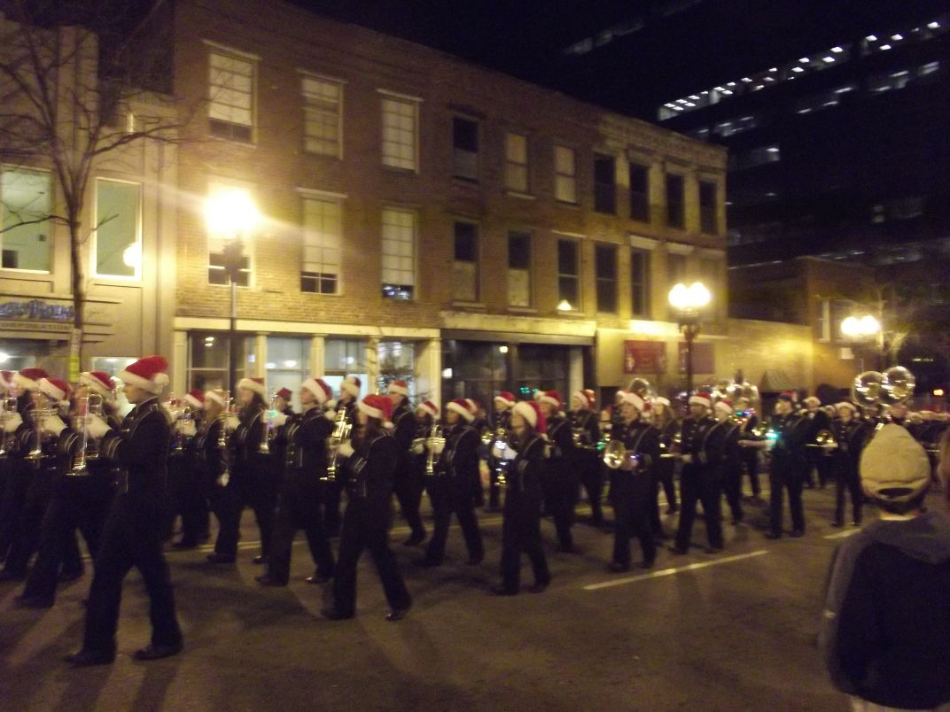 Knoxville Christmas Parade 2011: Please Cut this Out! | Inside of ...