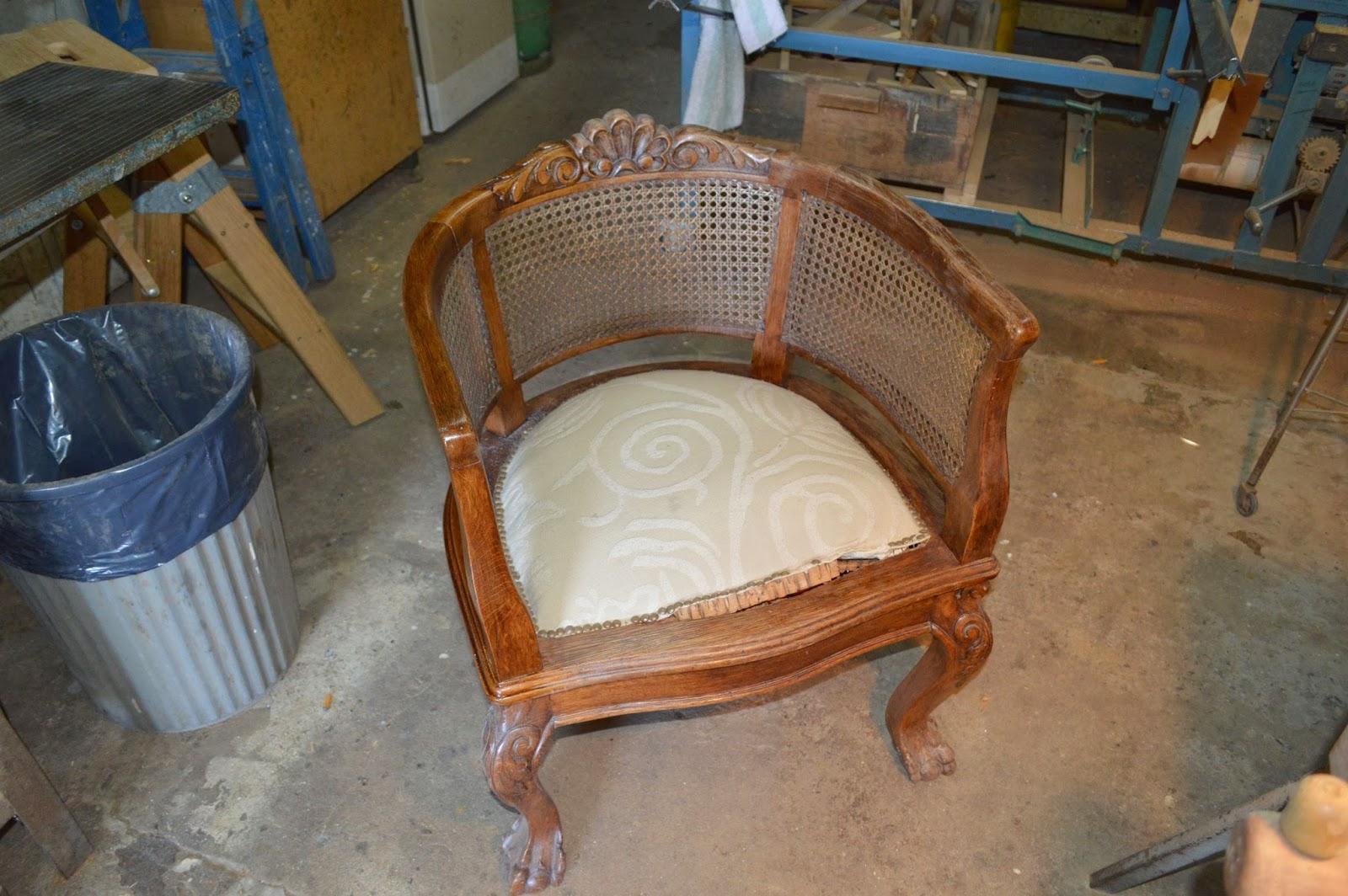 Cesar zeballos restauracion sillones estilo reina ana - Sillones de estilo ...