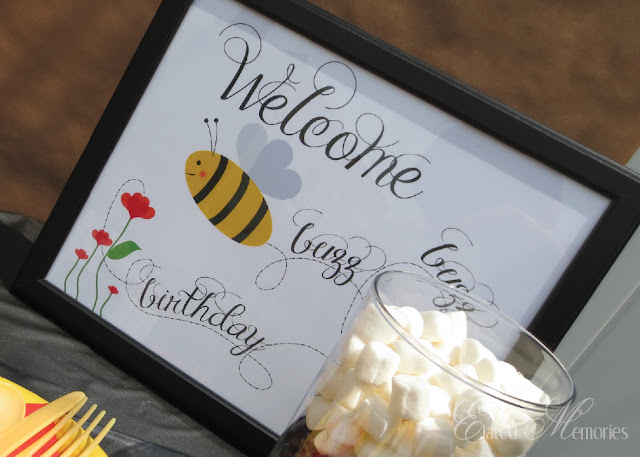 buzz buzz bumble bee printable welcome sign