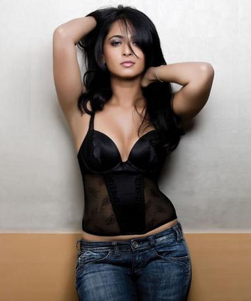 Unseen Actress Anushka Shetty