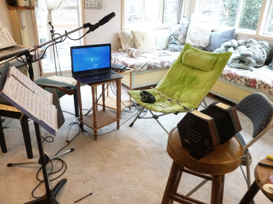 set up an inexpensive home recording studio