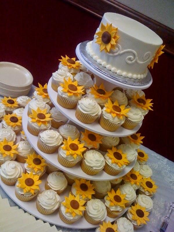 Alice in wonderland wedding cake as well alice in wonderland sweet 16