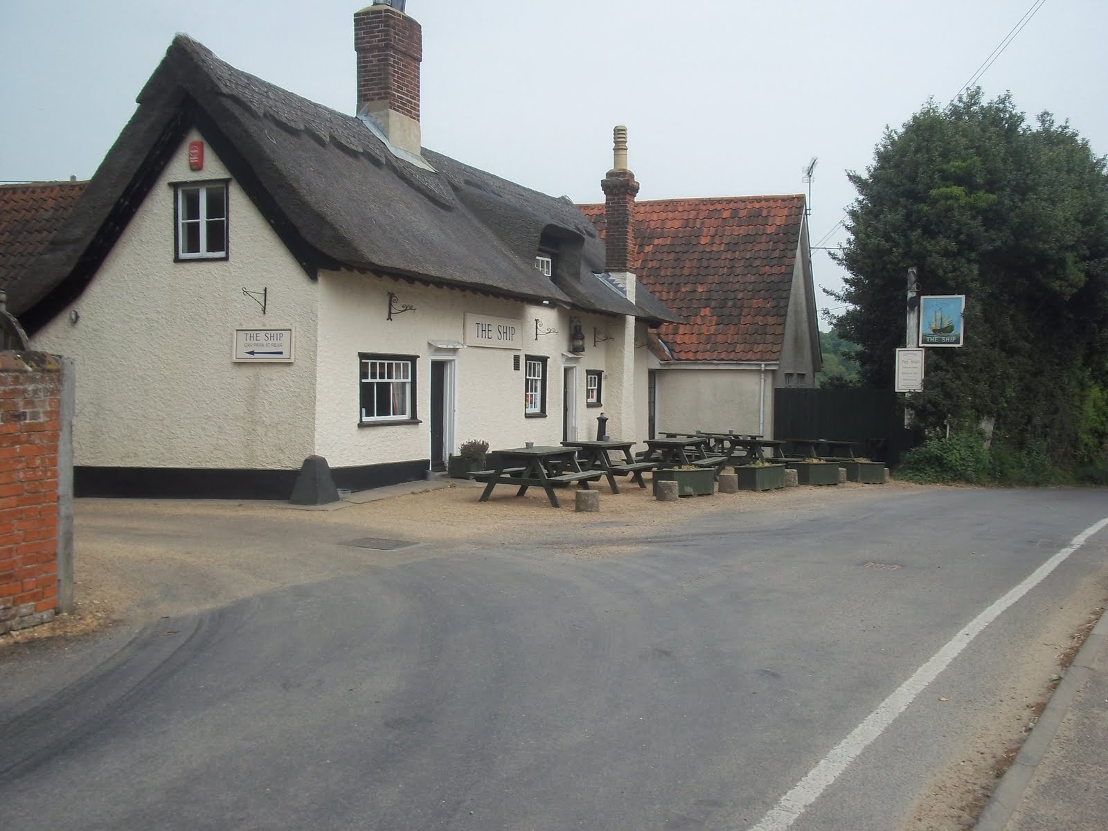 Broken Trails: THE SHIP INN, LEVINGTON, SUFFOLK