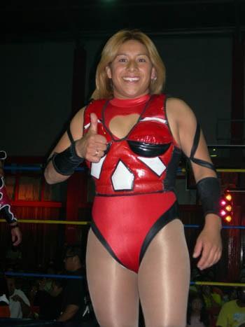 Linda Star - Luchadoras