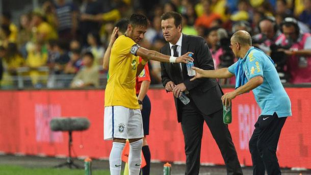 Dunga espera que los problemas judiciales de Neymar terminen