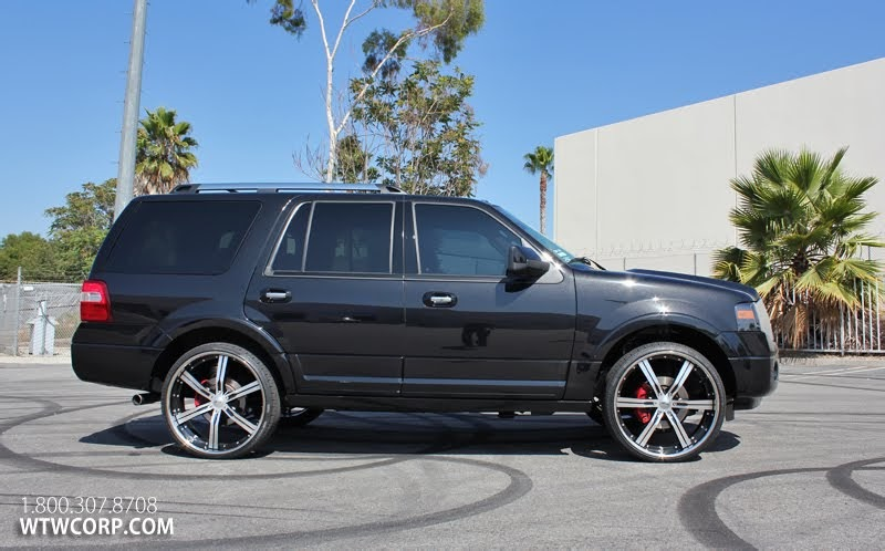Ford Shelby Mustang Gt500 Giovanna Wheels Shows Off A Ford Expedition