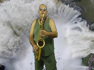 GUANTANAMERA interpretada con saxo tenor