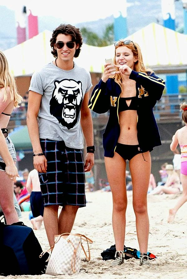 The 16-year-old was seen strutted along the sand while on vacation at Santa Monica on Monday, May 26, 2014 with a few friends and boyfriend, Tristan Klier.