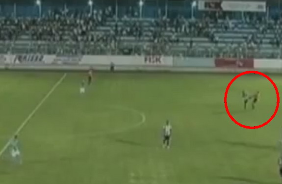 Independente Limeira's Johnny Dos Santos kicks referee at the end of the match against Marília