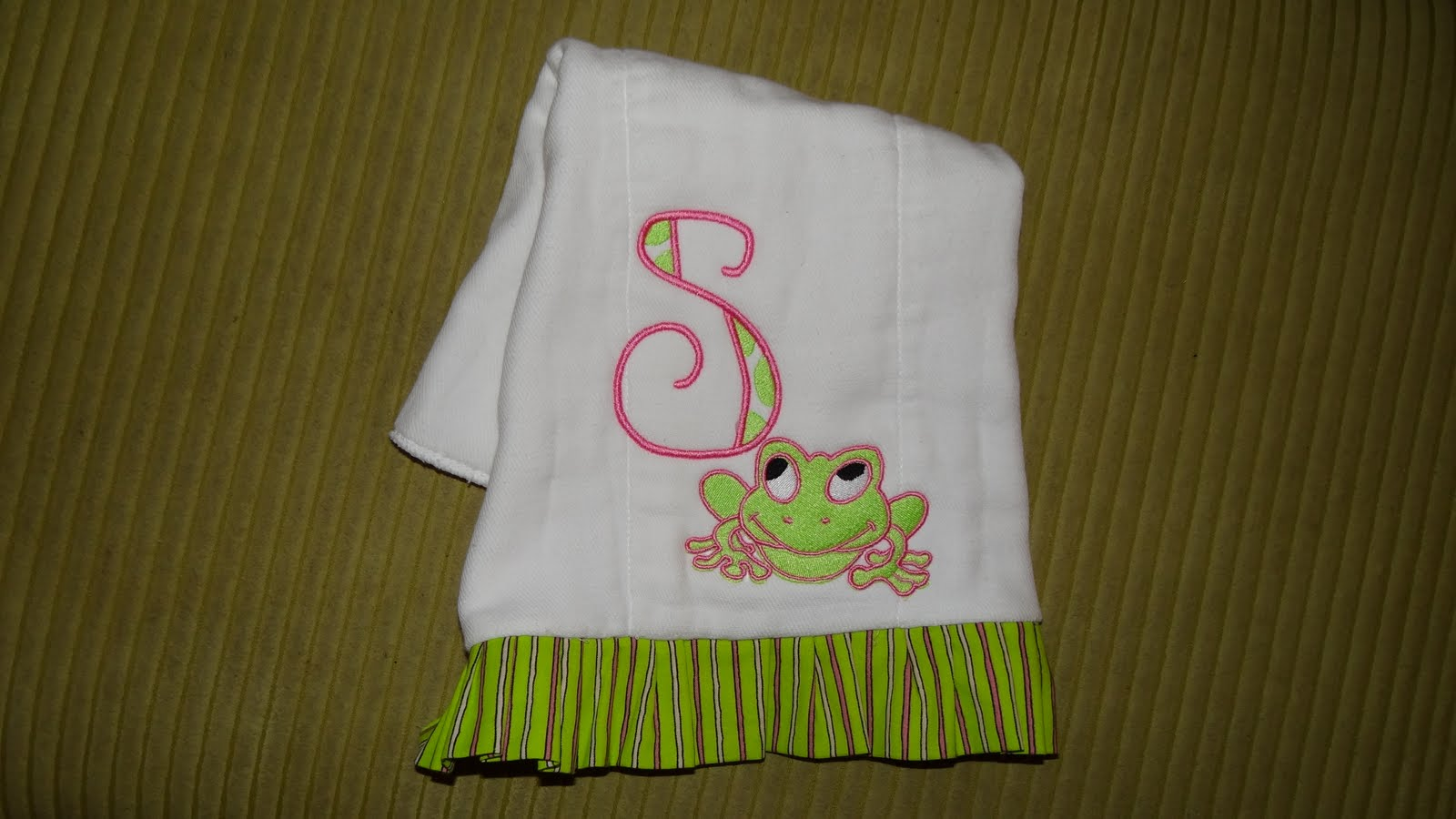 how to make embroidered burp cloths
