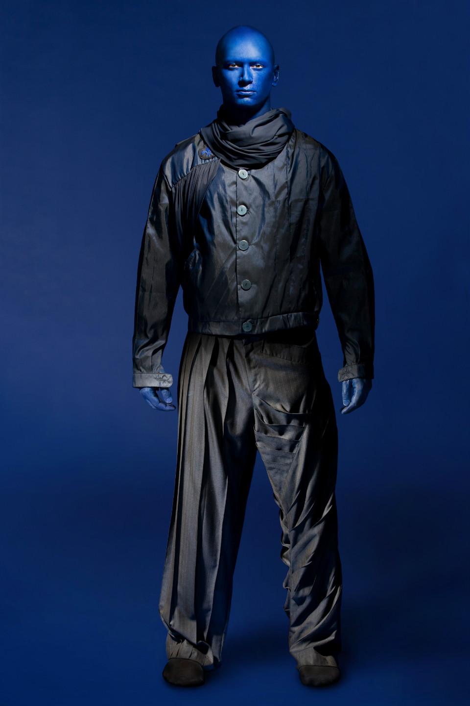 ldm imagesize:960x1440 @ we're representing blue mannequins! :D