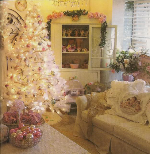 A kid at christmas are you dreaming of a shabby chic for Shabby chic christmas