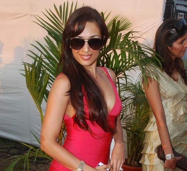 Malaika Arora Khan Hot Photos In Jindal Polo Match Launch Party glamour images