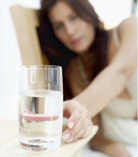 Manfaat Minum Air Putih Hangat Di Pagi Hari