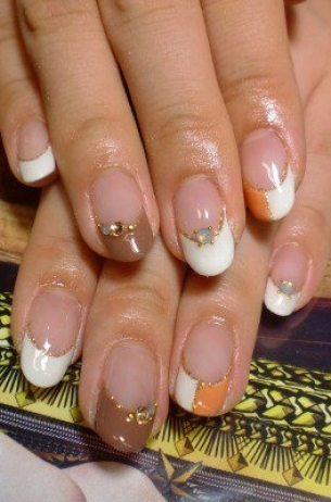 Glam-Chic-Fall-2012-Nail-Art-Designs-11