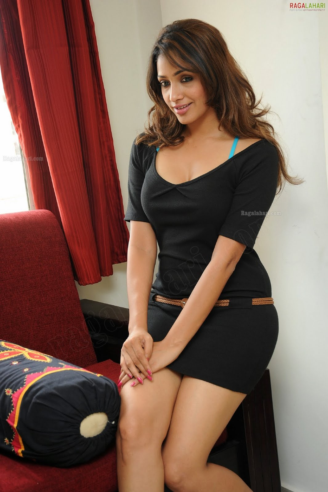 Image Result For Heroine Sexy Video