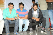 Race Gurram Premier and Press Meet-thumbnail-3