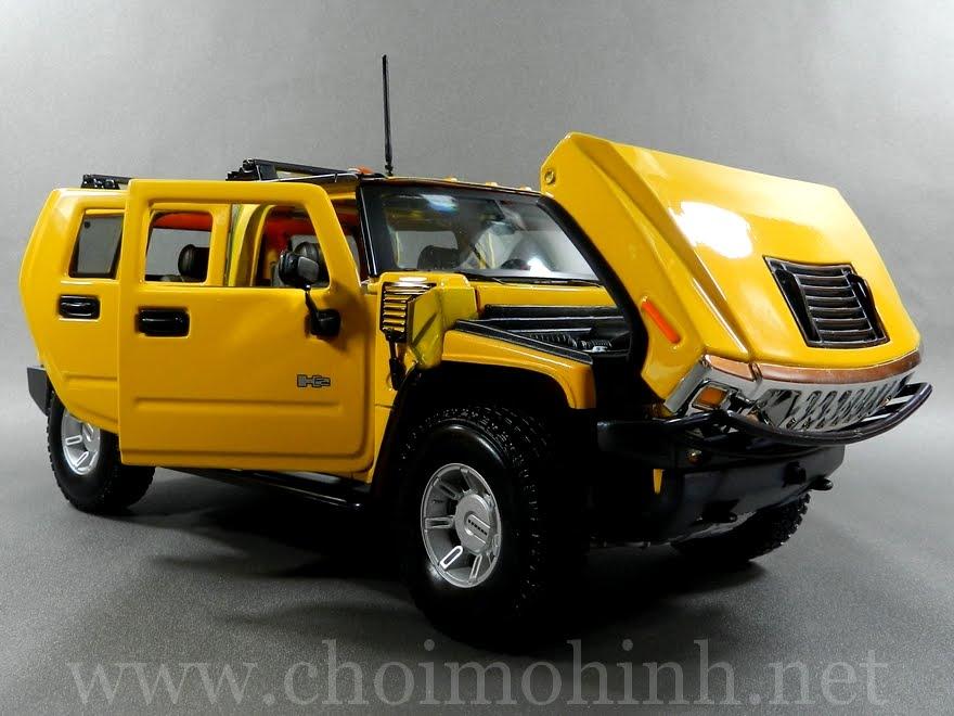 Hummer H2 SUV 1:18 Maisto yellow front